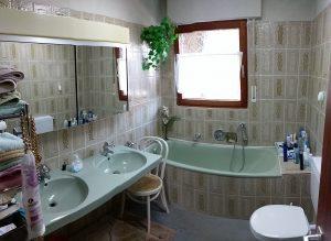 Bad/WC - vor der Sanierung