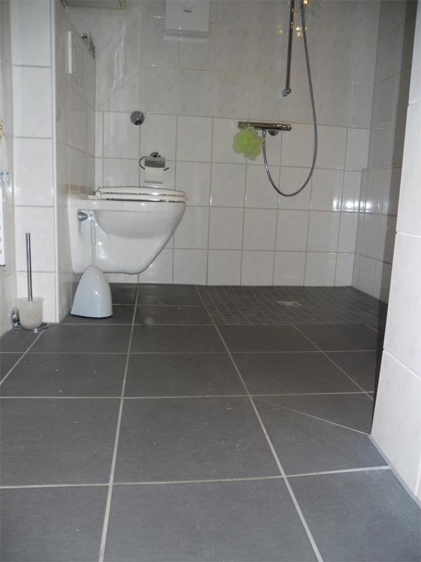 dusche zur badewanne umbauen badewanne umbauen zur dusche hauptdesign dusche altersgerecht. Black Bedroom Furniture Sets. Home Design Ideas